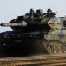 Britse politie neemt collectie tanks in beslag